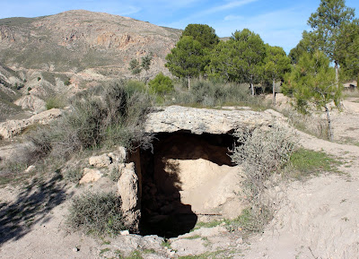 Dolmen. Necropolis. Parque Megalítico