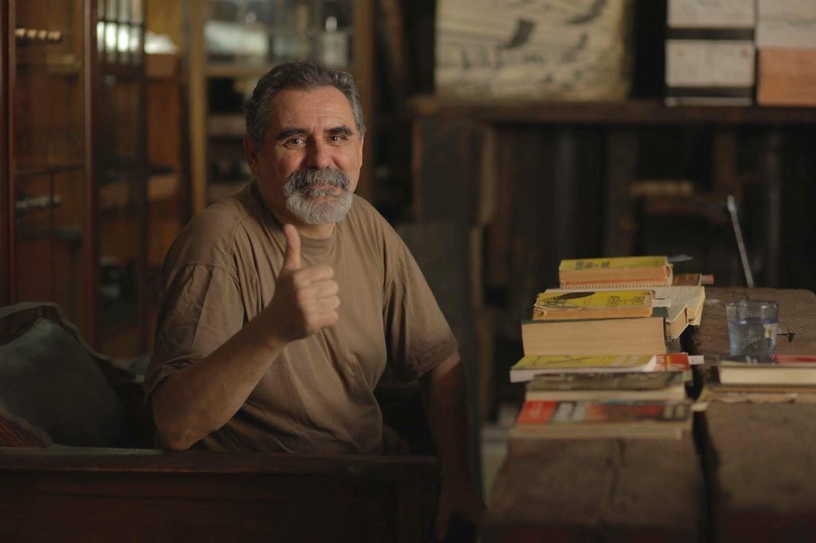 Un café en Buenos Aires con el escritor Marcelo di Marco - LIBROS ...
