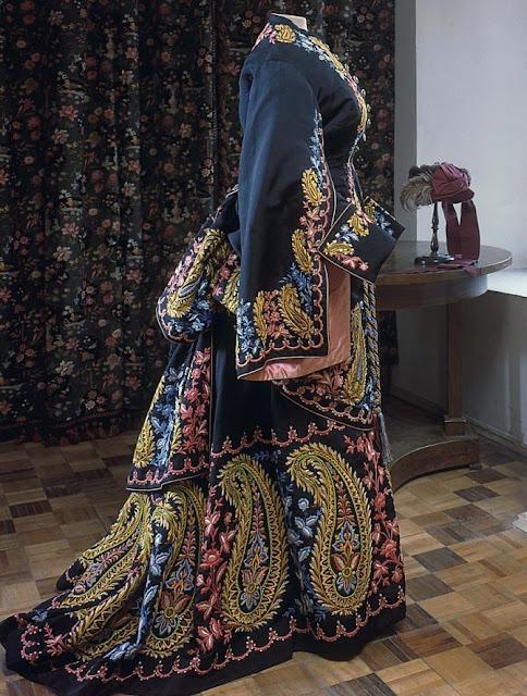 , гардероб леди конца ХIХ века, гардероб, леди конца ХIХ века, мода, одежда, мода ХIХ века, костюм ХIХ века, исторический костюм, женское платье, женская одежда, что носили в ХIХ веке, мода прошлого, стиль, красивые платья, женский гардероб, старинные платья, обувь ХIХ века, головные уборы ХIХ века, корсеты ХIХ века, верхняя одежда ХIХ века, реконструкция костюма, дамы эпохи, дамы ХIХ века, костюмы для театра, костюмы для тематической вечеринки,Гардероб леди конца ХIХ века