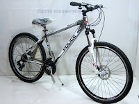 B 26 Inch Element Police 911 Vancouver Mountain Bike in Grey
