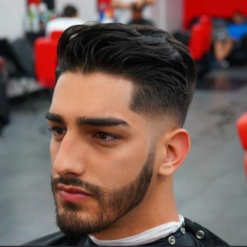 Vari tagli di capelli maschili