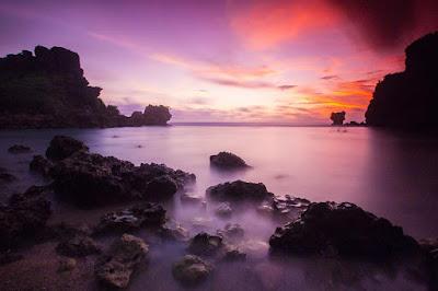 Objek Wisata Snorkeling Pantai Nglambor Jogjakarta