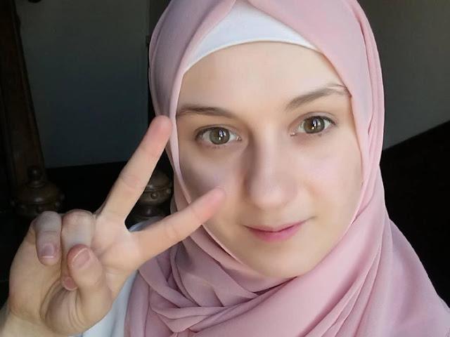 maria masuk islam