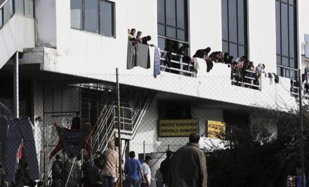 Ελληνικό: Λαθρομετανάστες κλεφτρόνια και αλληλέγγυοι εμποδίζουν συνεχώς την προετοιμασία των Ελλήνων αθλητών για τους Ολυμπιακούς Αγώνες.