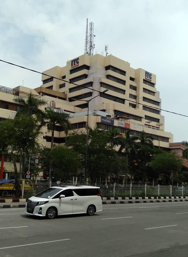 Cara Menuju Pasar Pagi Mangga Dua Dari Tangerang Dengan Commuter Line
