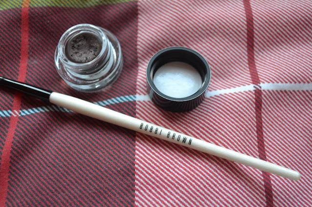 Bobbi Brown Long-Wear Gel Sparkle in Smokey Topaz and Ultra Fine Liner Brush