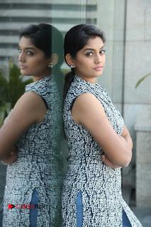 Telugu Television Actress Karuna Latest Pos In Denium Jeans  0077.JPG