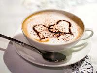 Кофе с имбирем для похудения также эффективен, как и чай, и те кто не представляет ни дня без кофе , может смело пить кофе . Способ приготовления кофе , роли не играет . Можно приготовить имбирный латте из порошка или подобрать свой индивидуальный рецепт. Важно , чтобы в кофе с имбирем для похудения присутствовали кофе и, конечно, имбирь.