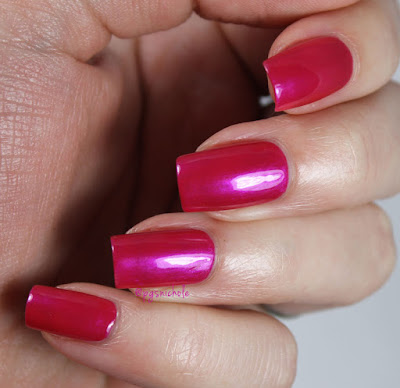 Vintage Polish Friday │Wet 'n' Wild Frosted Fuchsia 426