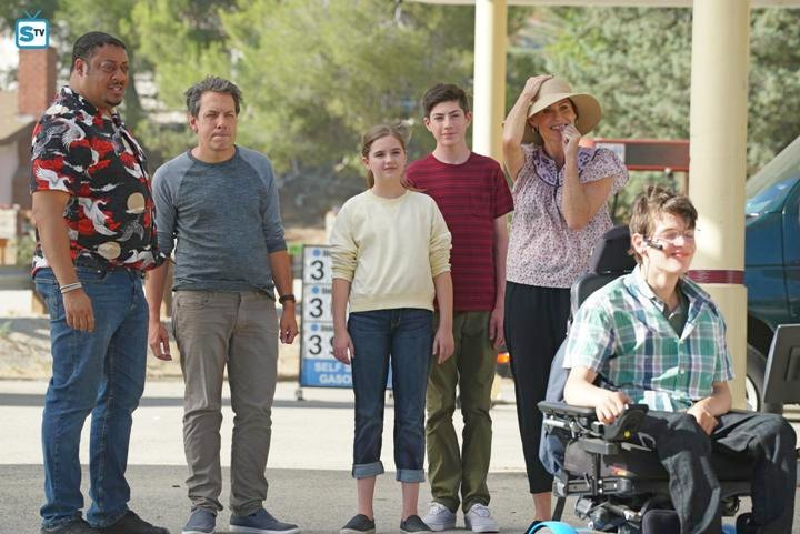 Trivia: Creator Scott Silveri grew up in a family exactly like the show Speechless, with an older brother with cerebral palsy and parents who did everything possible to make the best of what life had given them, infusing humour into reality.