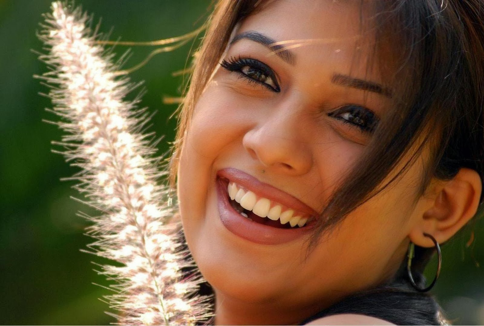 Nayanthara Hd Photos Download Free  Tv Biography-1106
