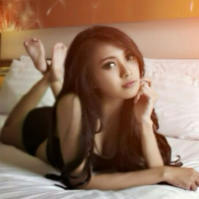 Image Result For Baby Margaretha Seksi Black Photoshoot