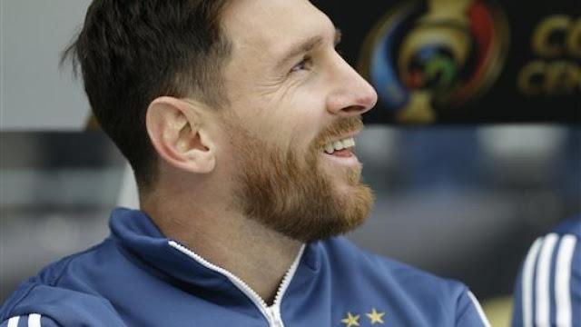 A Gillete no le gusta la barba de Messi