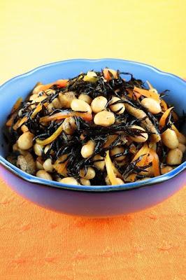 白いご飯と好相性!和食の定番・ひじきの煮物レシピ