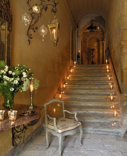 Candlelit Stairway, Art et Decoration, as seen on linenandlavender.net