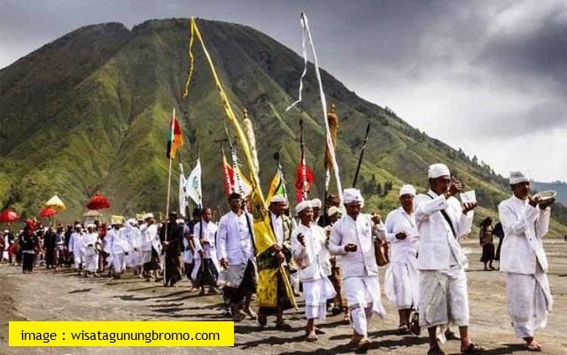 Kasada Ceremony In Bromo Mountain - Blog Mas Hendra