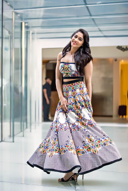 Regina Cassandra Printed Skirt and Tube Crop Outfit