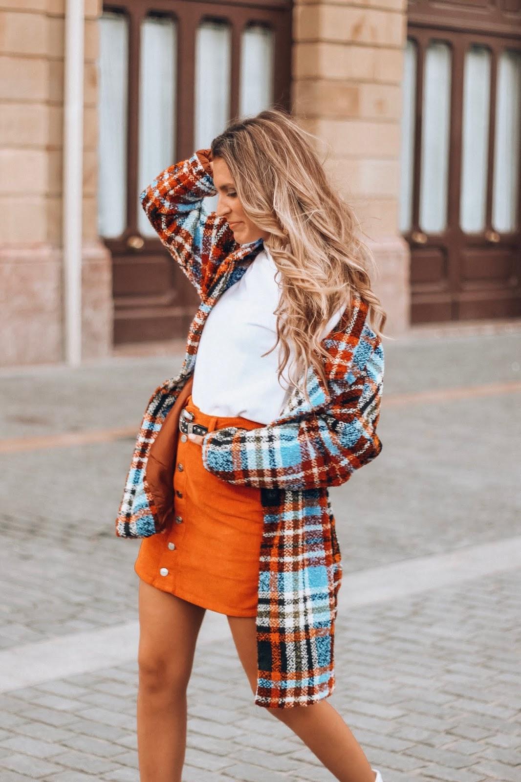 falda de pana naranja
