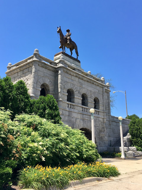 ulysses grant statue in lincoln park