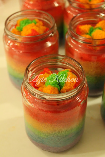 Rainbow Cake In A Jar Azie Kitchen