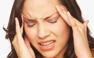 اطعمه تسبب الصداع النصفي وتجعله headache-1024x630.jpg