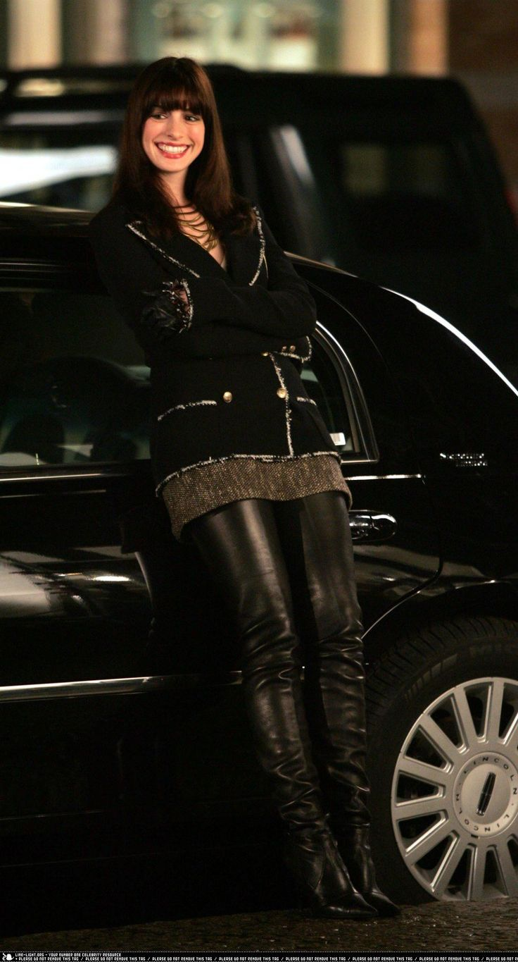 Daisy wears sexy outfit for her man 5