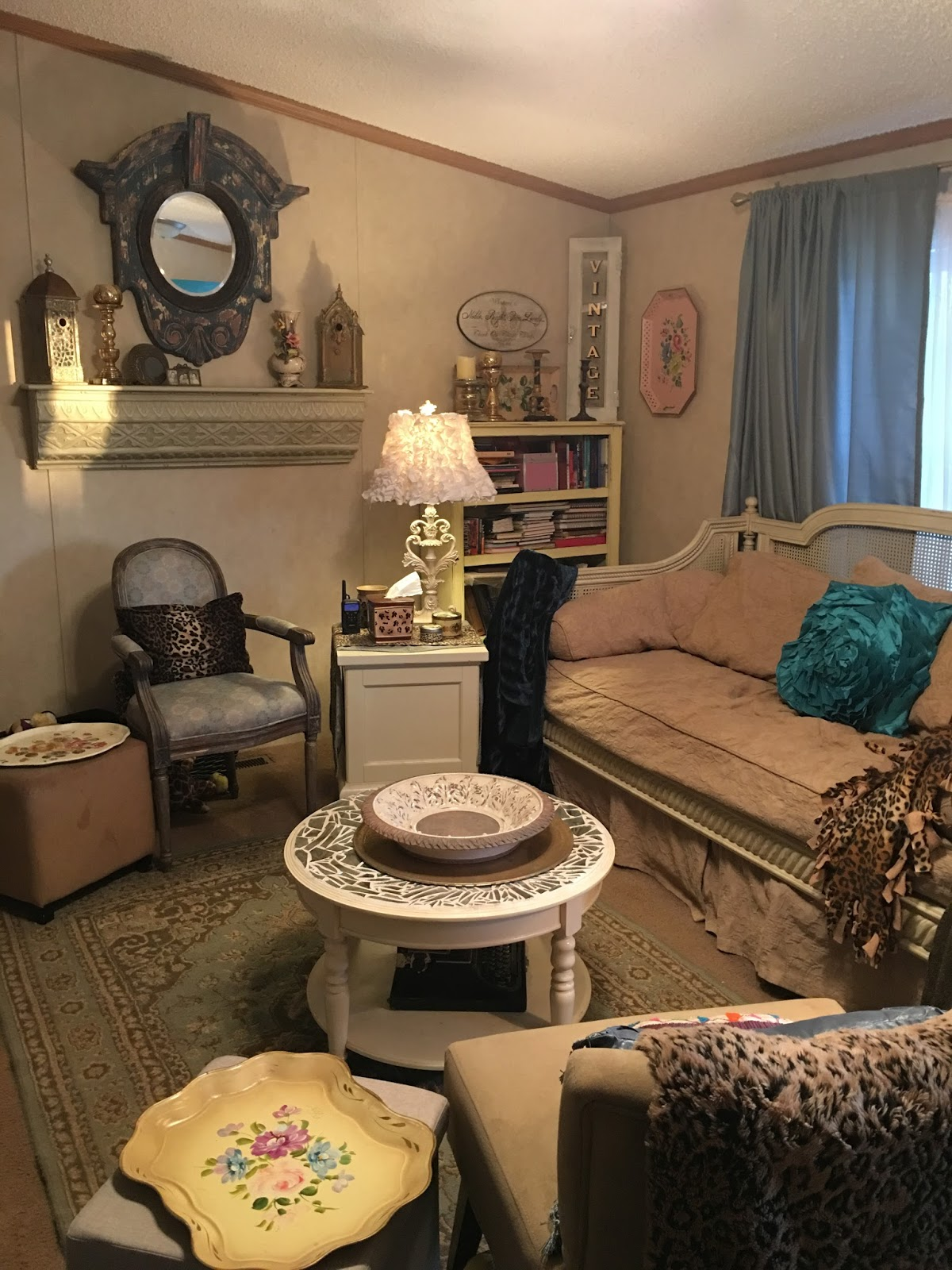 When I First Moved Here, The Soothing Shabby Chic Colors Were Appropriate  For My Life. Our Family Had A Series Of Deaths, And Iu0027d Lost My First Dog,  ...