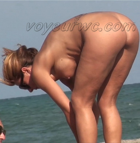 Naked Beach Vacations 03 (Nude Beach Voyeur)