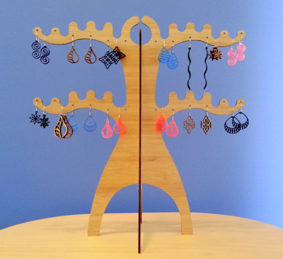 bamboo jewelry stand for earrings
