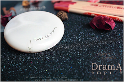 review Drama Matte powder, cipria compatta  drama empire collection neve cosmetics