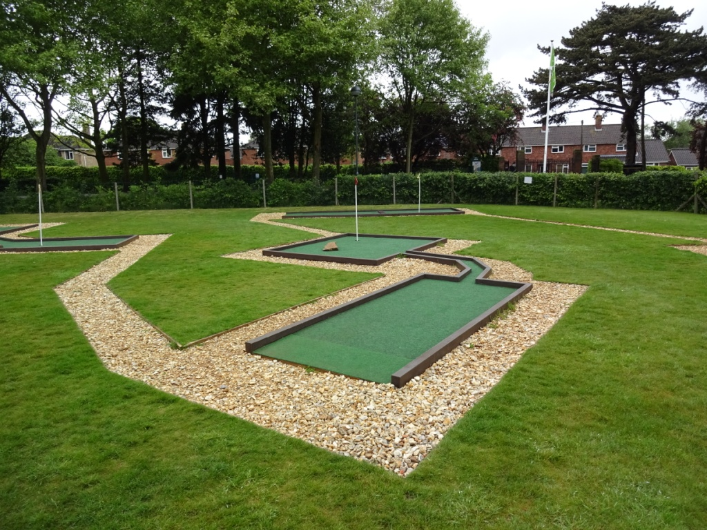 The Ham And Egger Files Eaton Park Crazy Golf In Norwich