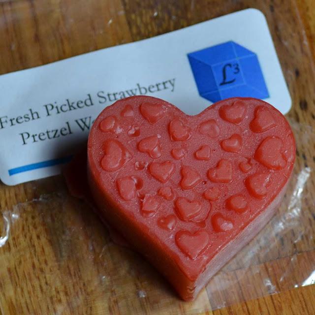 Fresh Picked Strawberry Pretzel Waffle Cone wax melt