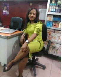 Tragedy: Beautiful Lady Gave up The Ghost After Container Fell On Her In Lagos