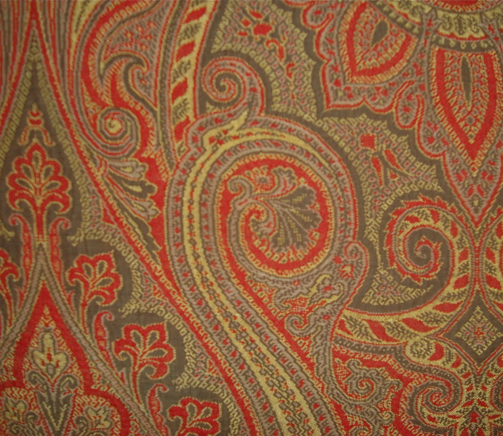Morgaine Le Fay antique Textiles and More: Paisley Shawls