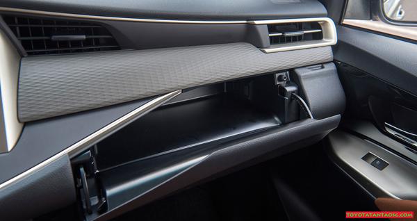 Đánh giá xe Innova 2018 phiên bản E ảnh 22