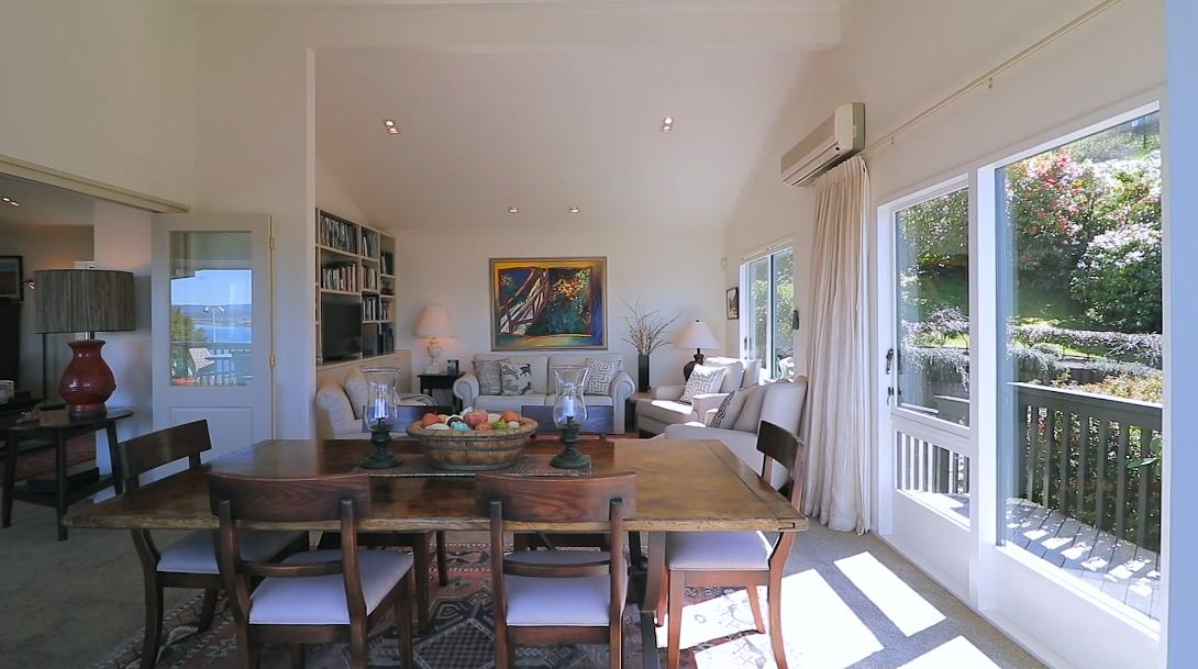 16 Interior Design Photos vs. 43 Mapara Rd, Acacia Bay, Taupo Luxury Home Tour