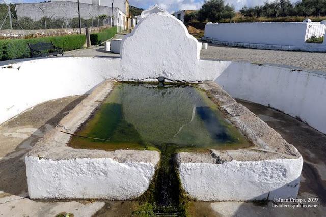 lavadero-fuente-el-pilar