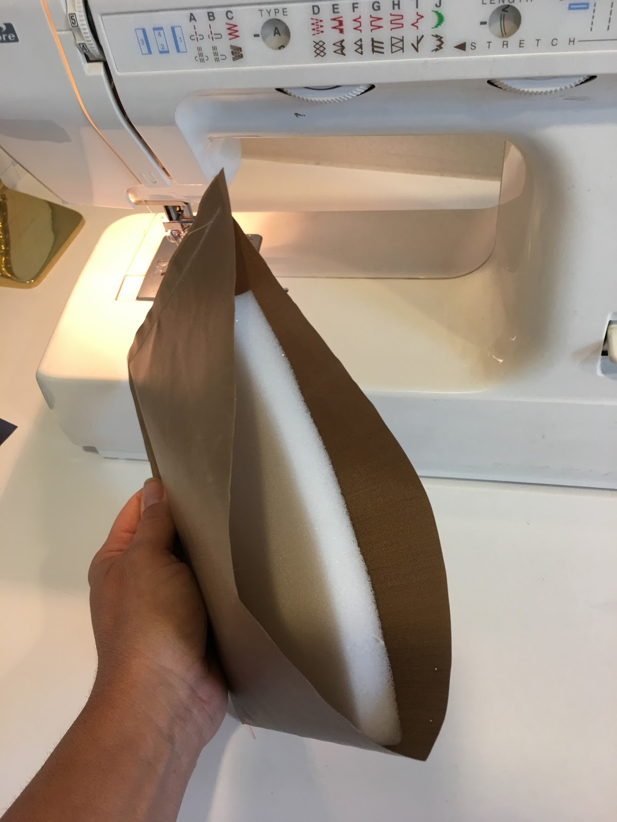 https www silhouetteschoolblog com 2017 09 heat press pillows how to make your own html
