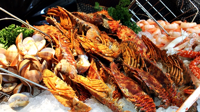 Clams, Lobsters, Shrimps Buffet at Spectrum Fairmont Hotel Makati Manila PH