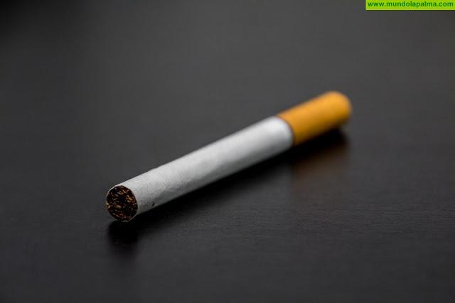 Una nueva etiqueta ayudará a los consumidores canarios a diferenciar el tabaco legal del ilícito