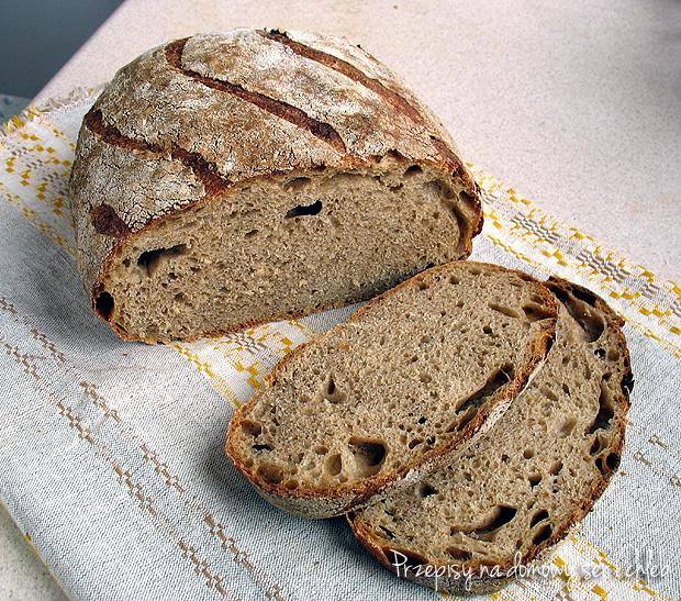 Chleb pszenny półrazowy