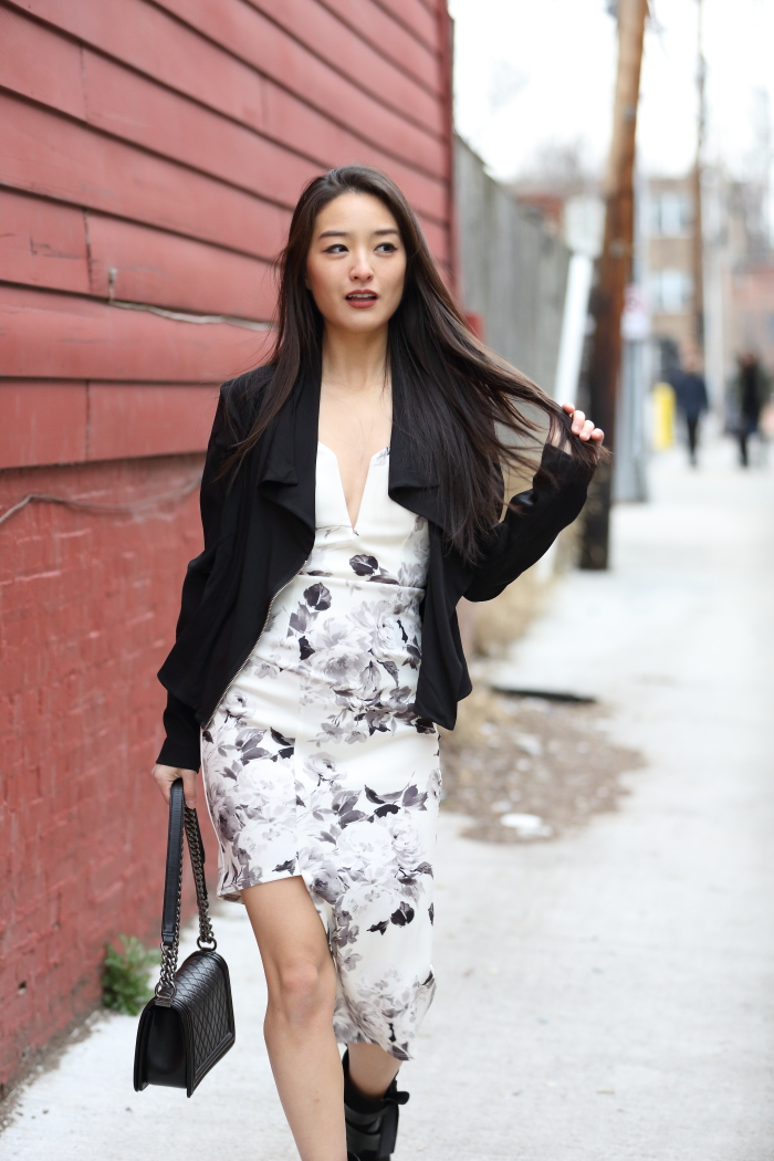 korean fashion blogger in sexy bodycon dress