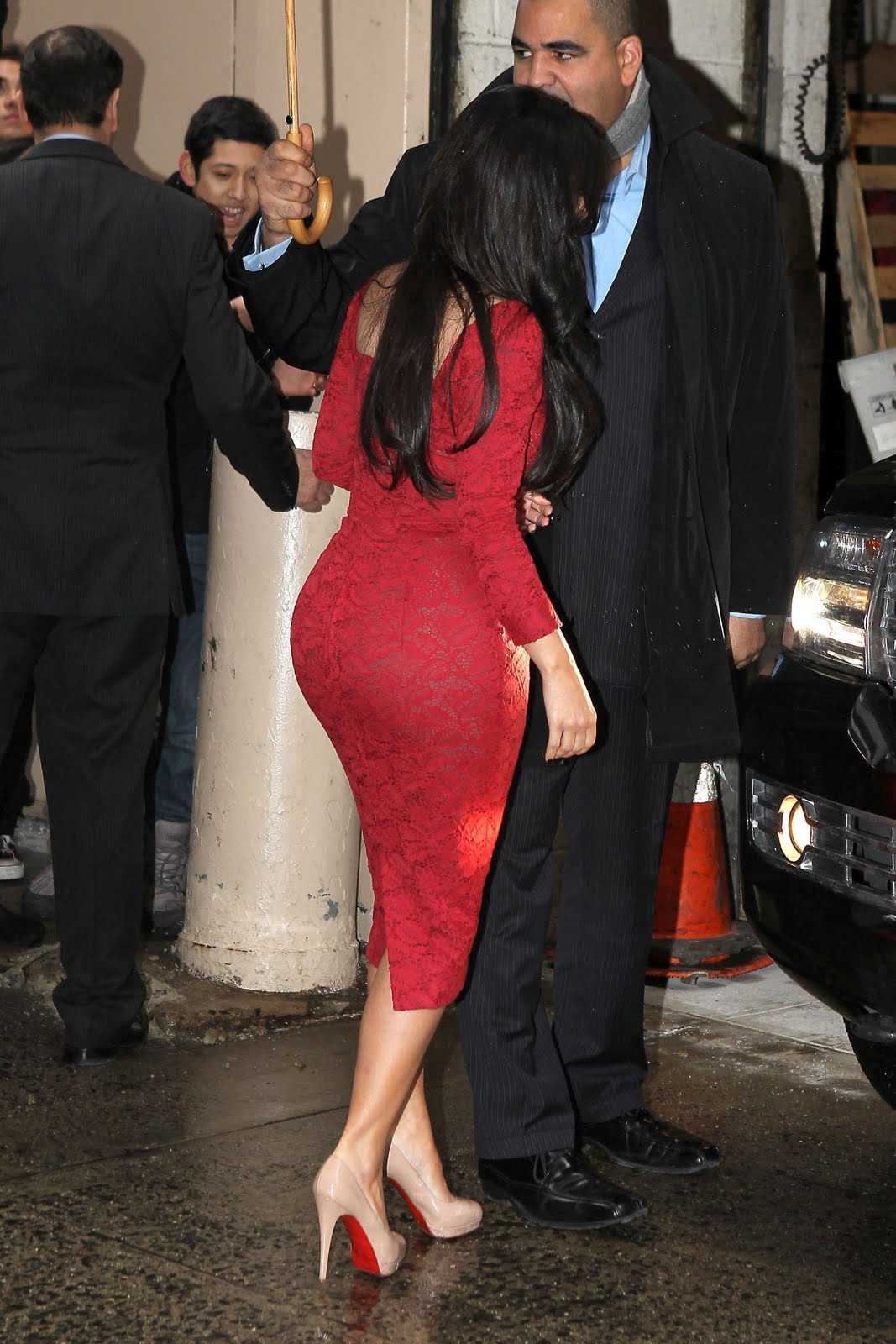 Kim kardashian in red dress