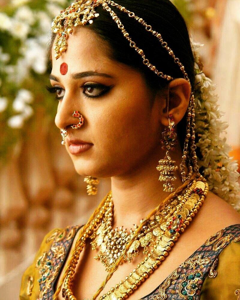 Actress AnushkaShetty Latest HD Images