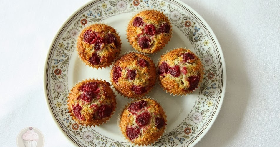 delicious housewife himbeer bananen muffins ohne zucker. Black Bedroom Furniture Sets. Home Design Ideas