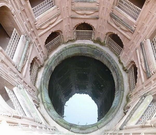 9-इमामबाड़ा कुआं (Imambara Stepwell, Lucknow)