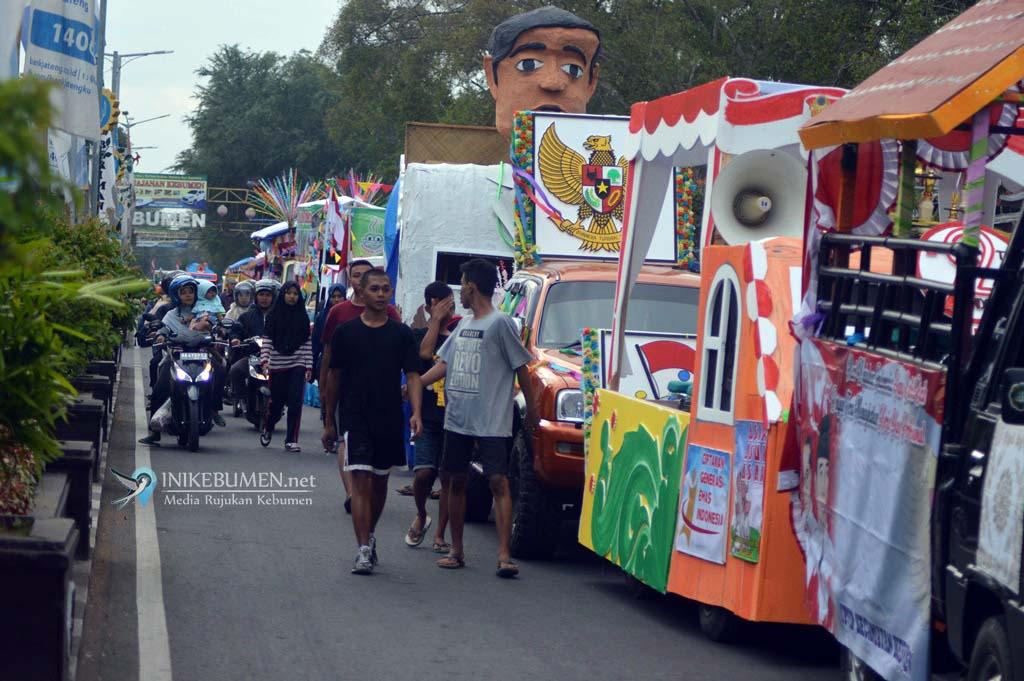 Gara-gara Karnaval Pembangunan, Car Free Day Alun-alun Kebumen Libur