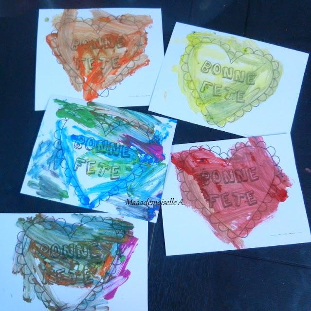 || Activité/DIY : Cadeau de fête des grands-mères tout simple ; coeurs, empreintes et peinture