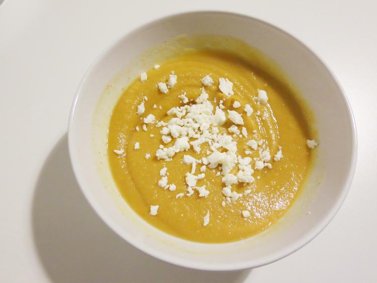 Sopa de Batata Doce e Amendoim