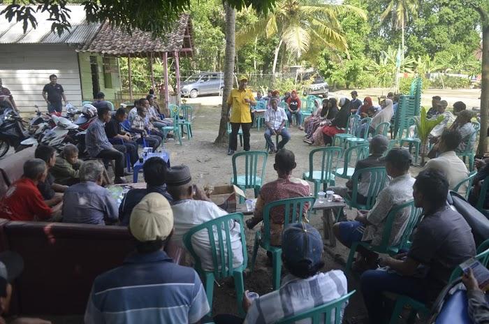 Supriyadi Alfian menjanjikan untuk membantu mengatasi persoalan petani di Kabupaten Tulangbawang Barat.